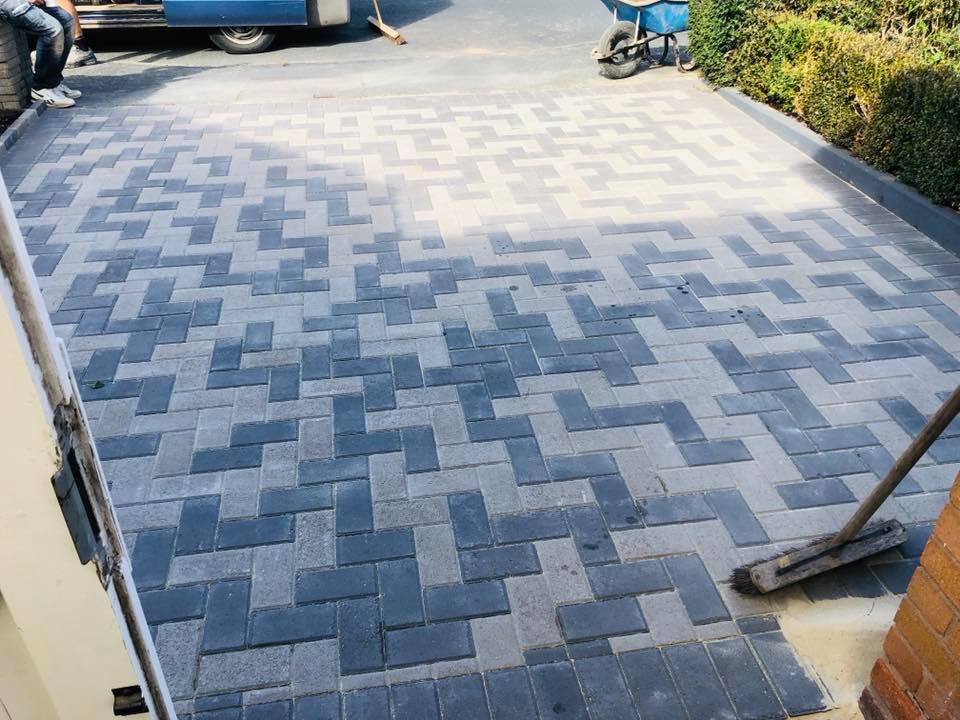D & R Paving and Landscaping - Block Paving